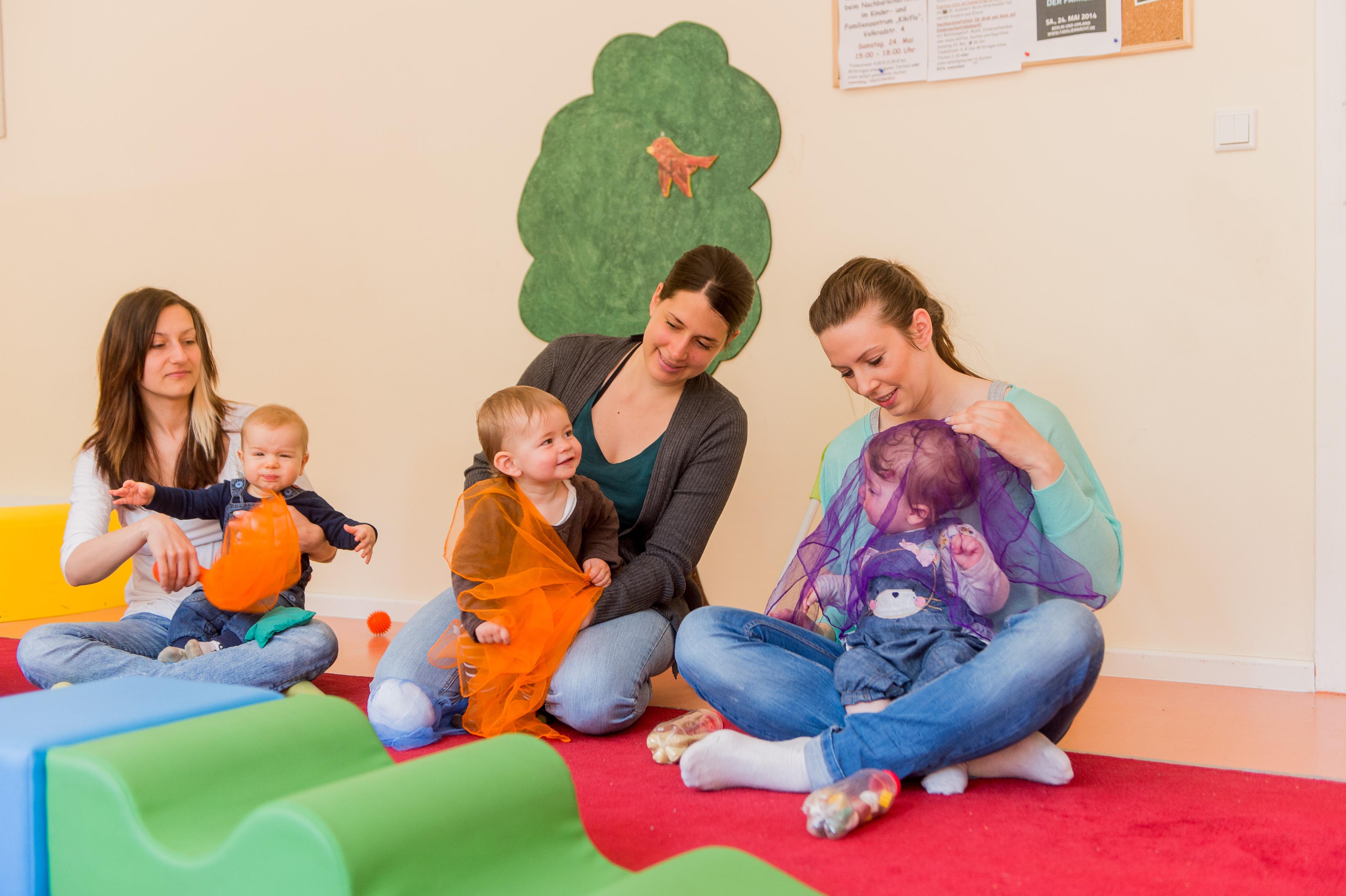Spielen in Familienzentren